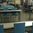 教室は壁が鏡になって…