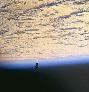 ナイト 衛星 ブラック