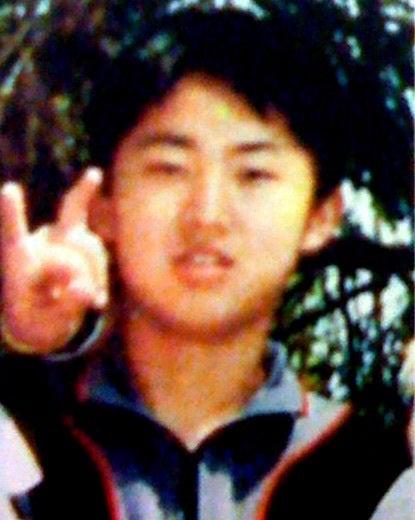 世界と日本の真実日本の皇太子もサタン崇拝の指のポーズの謎