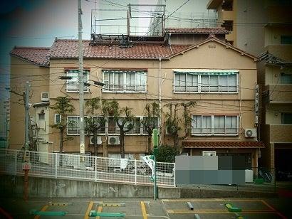 新潟市中央区・「飯田旅館」市内中心部の木造3階建てのレトロ ...