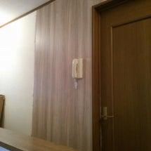 廊下の壁紙を貼る!