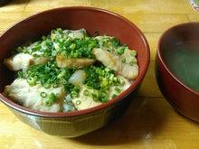 メカジキ漬丼とスープ