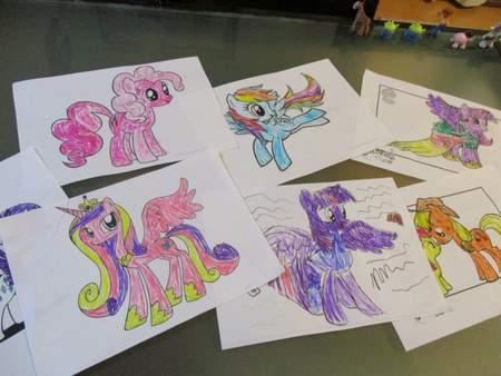 塗り絵コレクション5歳2ヶ月 Yukiとtwinsと英語