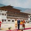 【英国王室】キャサリン妃 2016年4月14日インド・ブータン訪問 Day5 チミ王女が出迎えの画像