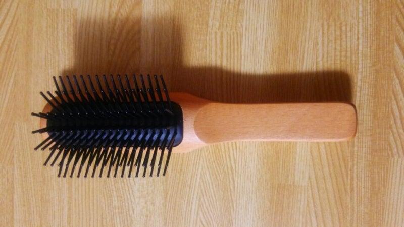 そんな時、無印良品の店頭で見つけたのが音波電動歯ブラシです。