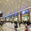 <大阪所属のH野ドライバーさん>阪急のショーウィンドウの画像
