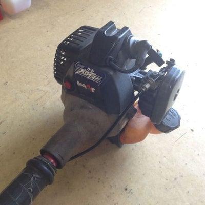草刈機(刈払機)のリコイルが重たくて引けない時がある。エンジンが掛かりにくい。との記事に添付されている画像