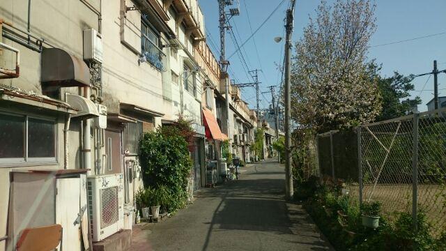 ぶらり散策 阪和線 美章園の高架下