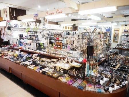 京都アバンティ地下の雑貨屋さん♥インセンスラブが可愛い♪夏のヘアアクセが充実♪♪