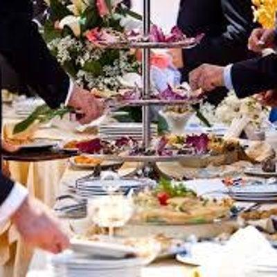 着席ブッフェの披露宴 ①お花とお金問題の記事に添付されている画像