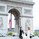 フランス国旗×凱旋門のハネムーンフォトの記事より
