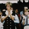 【英国王室】ダイアナ妃 1994年 ウィリアム王子とテニス観戦の画像