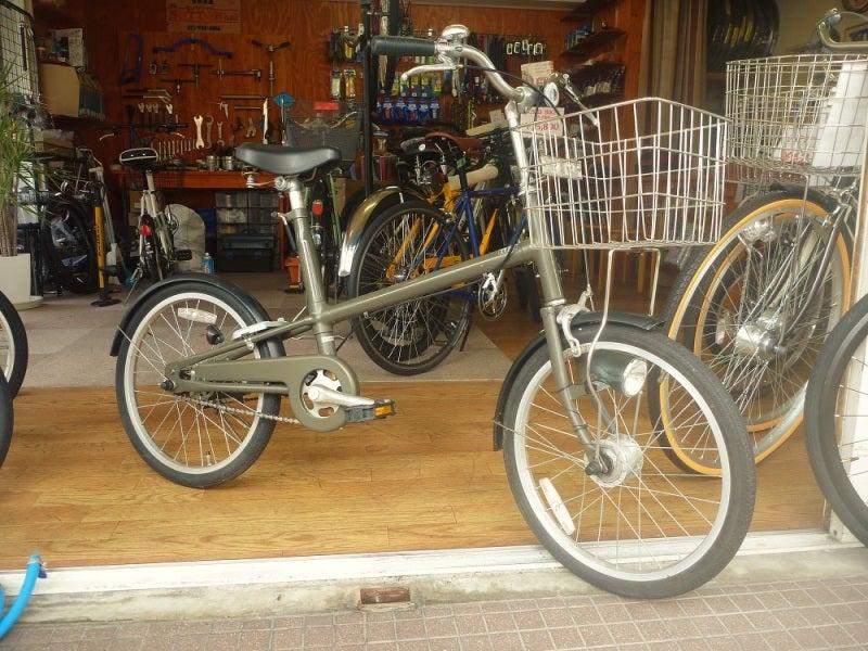 未だ 根強い人気の 中古 の無印自転車 です。