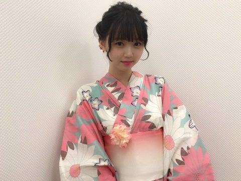 洋服が素敵な江野沢愛美さん