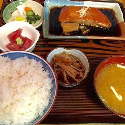 浅草千束「魚善」金目の煮付け定食がすごくおいしいの記事に添付されている画像