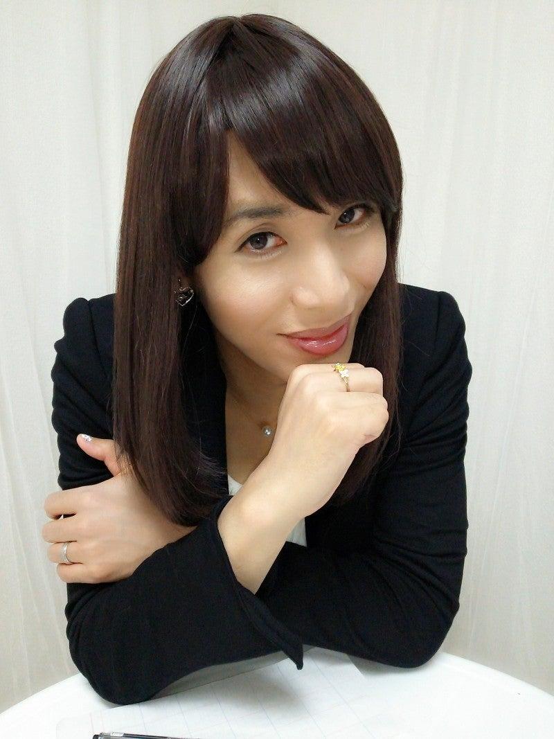 凄腕OL女装メイク写真年齢ピッタンコ当て公開!東京の変身女装サロン型女装化粧品ハイクオリティ新宿