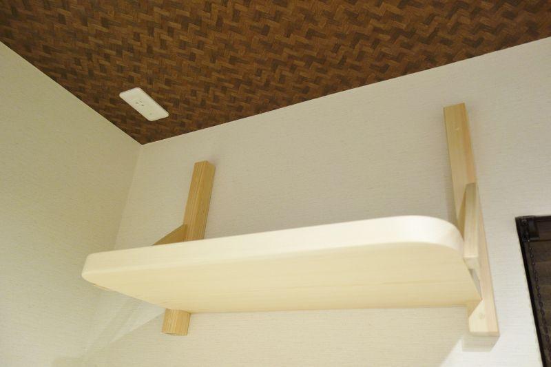 和室へ神棚板の取付工事が完了