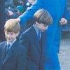 【英国王室】ダイアナ妃 水色スーツの画像