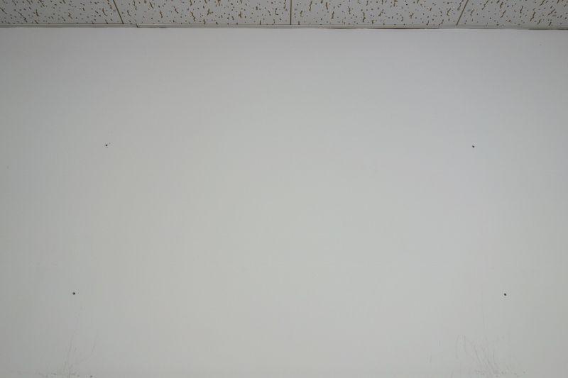 コンクリート壁もドリルがあれば神棚設置は可能です
