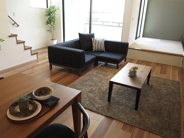 畳の上にソファを置く提案、組み換え自由なソファ