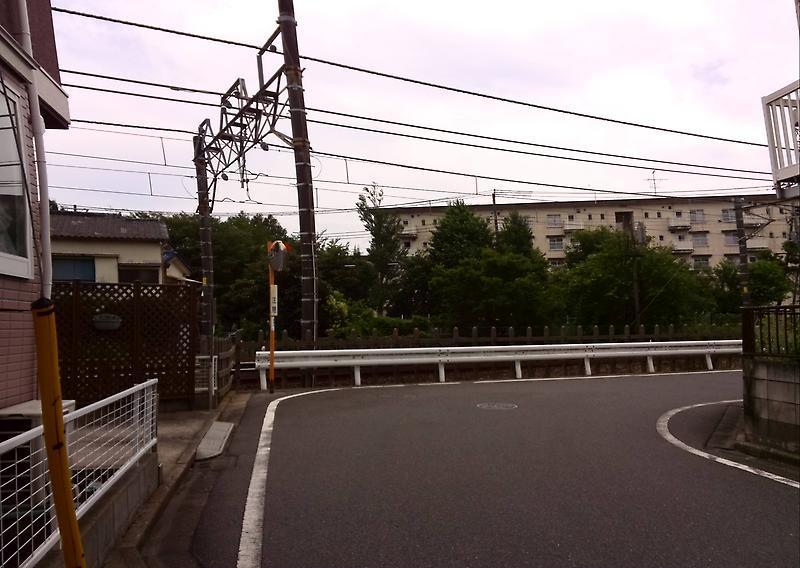 薬園台駅へ 新京成線沿線をてく...