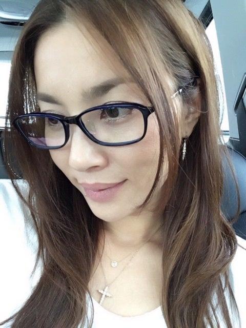 メガネの瀬戸朝香