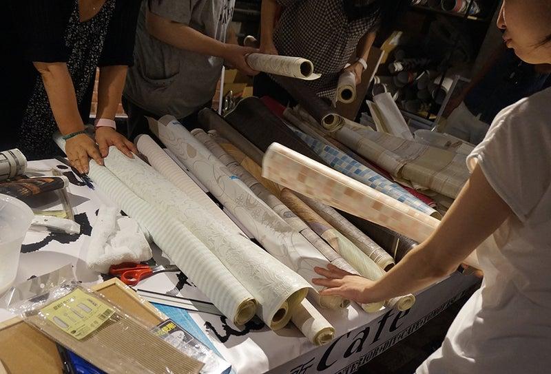 コルクボードを壁紙を使ってdiy ワークショップレポートヾ ノ 友安製作所のブログ