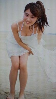 込山榛香さんのビキニ