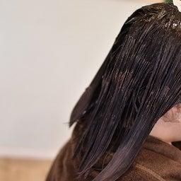 画像 矯正後、染めた髪の色褪せが気になる時はHC塩基性カラーでダメージレスなカラーリング の記事より 6つ目