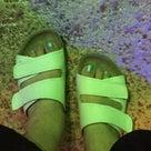 足が疲れにくい靴の記事より
