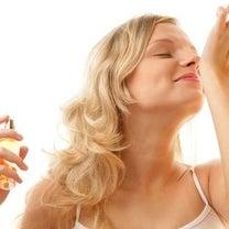 柔軟剤や香水・芳香剤が『においテロ』になる時代の記事に添付されている画像