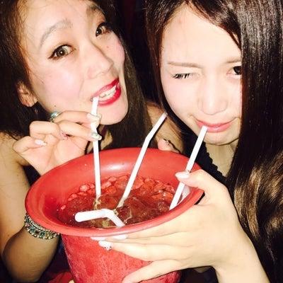 カンボジア夜遊びとカンボジア女性旅とカンボジアガイドローズとナイトマーケットの記事に添付されている画像