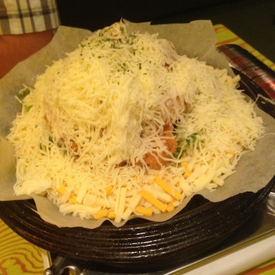 【西面】山盛りチーズがとろけるフォンデュチキンを食べてみた☆の記事に添付されている画像