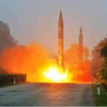 弾道ミサイルを高速道…