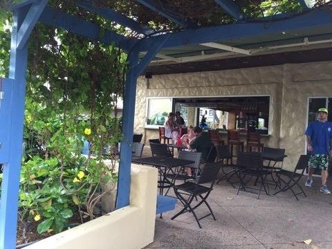 カイルアdeお気軽ランチUahi Island Grill とボーリングの記事より