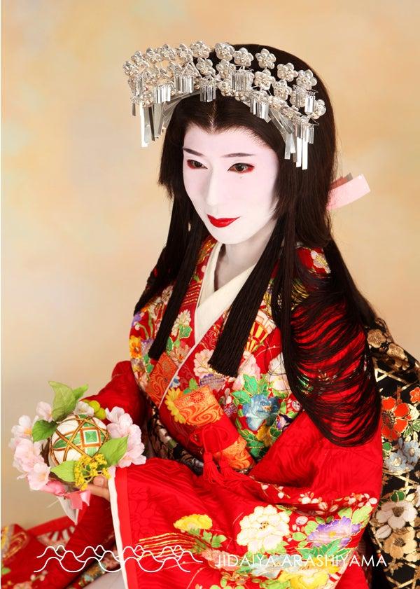 ed0fee24e77aa 今日は、前回のキャンペーン「お姫さま七変化キャンペーン」にお越しくださったお客様のお写真をご紹介いたします(^^)