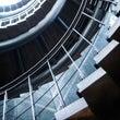 螺旋(らせん)階段の…