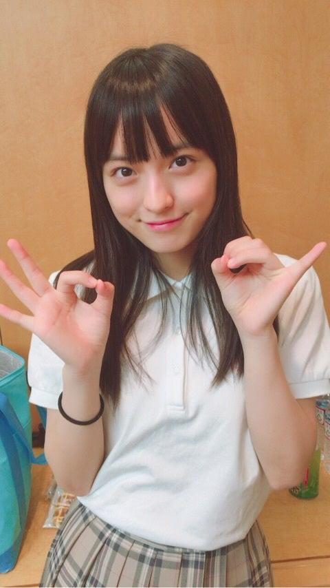 タコ焼きポーズの清井咲希