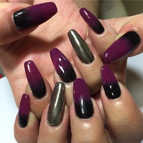 黒×紫グラデとミラーネイル
