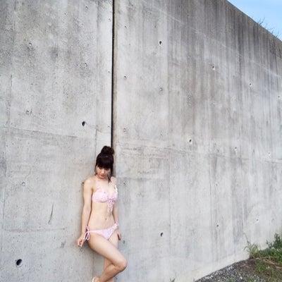 写真集。生田衣梨奈の記事に添付されている画像