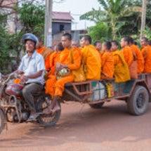 カンボジアのお坊さん
