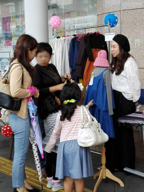 韓国子供服のお店のお客様
