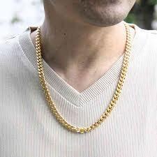 ネックレスをつける男性の心理