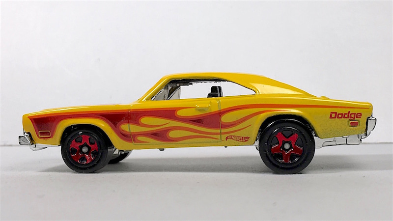 Hotwheels69DodgeCharger左横