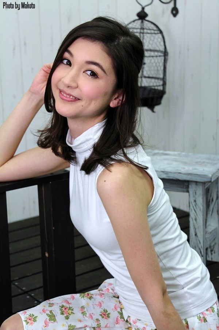 オートサロンの綺麗女子の写真をアップします( 千葉悠凪さん@C