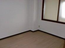 豊岡125-302洋室