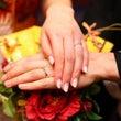 【結婚式で爪に着けた…
