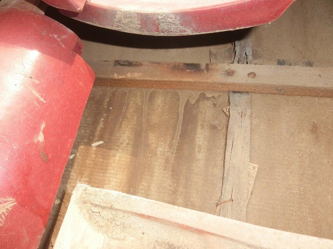会社社長様のご自宅1/2ー雨漏り修理のための調査の記事より