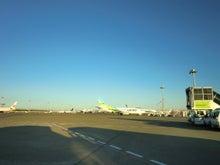 早朝の羽田空港3