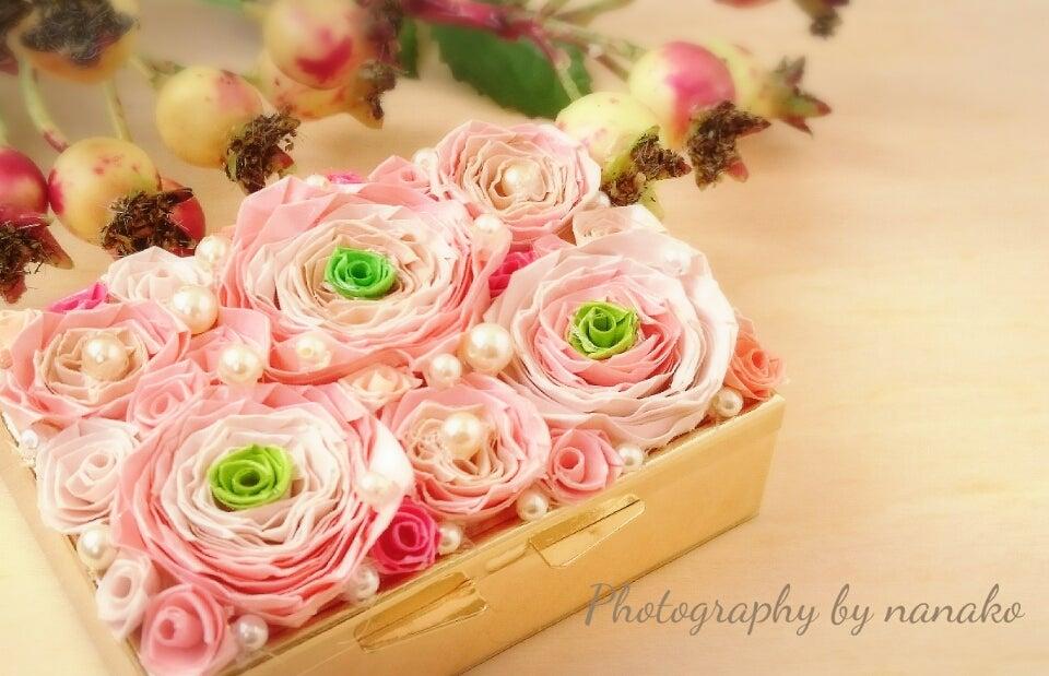 やさしいピンクのグラデーション。ロザフィは作り手の思いがバラのお花で表現できます。の記事より